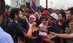 Tengku Mahkota Johor: Orang Putrajaya nak belasah 'hamba rakyat' - http://news.malaysianreview.com/12894/tengku-mahkota-johor-orang-putrajaya-nak-belasah-hamba-rakyat/