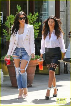 What in the hell is the point of wearing these jeans??? lol!!  stupid.