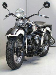 Harley Davidson 1940 WLA 750cc......