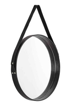 Large, round mirror with a leather frame and hanging strap. Diameter of mirror 39 cm, diameter of frame 40 cm. Metal Mirror, Black Mirror, Schwarz Home, Dream It Do It, Cordon En Cuir, Downstairs Toilet, Toilet Design, Bathroom Toilets, Round Mirrors
