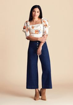 Petite Outfit Ideas Picture petite figure dress to flatter your frame nordstrom Petite Outfit Ideas. Here is Petite Outfit Ideas Picture for you. Petite Outfit Ideas fashion tips and style if you are a petite woman. Petite Tops, Petite Women, Petite Style, Extra Petite, Curvy Style, Petite Jeans, Curvy Petite Fashion, Petite Fashion Tips, Fashion Bloggers