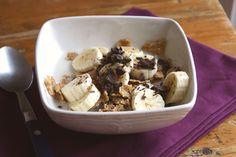 Desayuno de cereales con plátano y chocolate | Pimienta Rosa