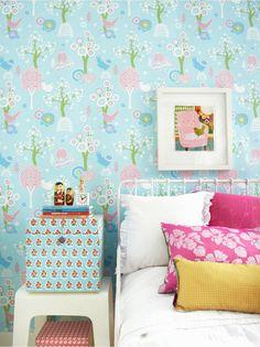 majvillan_korsbarstradgarden_turquoise_wallpaper_bimbily_1.jpg 900×1,202 pixels