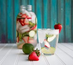 strawberry lime cucumber water