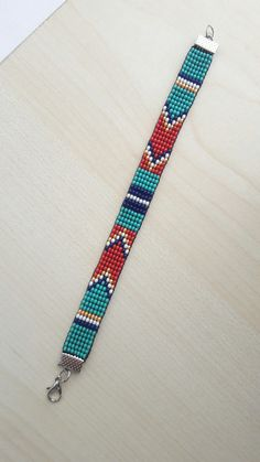 off loom beading Loom Bracelet Patterns, Bead Loom Bracelets, Bracelet Crafts, Bead Loom Patterns, Beaded Jewelry Patterns, Woven Bracelets, Beading Patterns, Beading Ideas, Beading Supplies