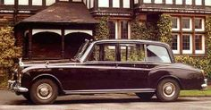 Chassis PGH101 (1977) High-roofed Oil Barrel Limousine by Mulliner Park Ward for H.M. Queen Elizabeth II