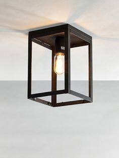 Uw BALK plafondlamp industrieel online kopen! Op zoek naar een plafonniere industrieel kubus of balkvorm? Deze loft plafonniere industrieel snel besteld online   LIVING-shop, stijlvol wonen !!