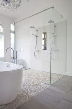 ducha doble en el baño