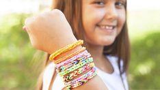 50 δραστηριότητες στο σπίτι για παιδιά (για βροχερές μέρες και όχι μόνο) Friendship Bracelets, Bangles, Organization, Kids, Jewelry, School, Getting Organized, Children, Organisation