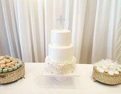 1st communion confectionary tablewww.facebook.com #carinaedolce    www.carinaedolce.com Communion, Cakes, Facebook, Wedding Dresses, Fashion, Bride Gowns, Wedding Gowns, Moda, La Mode