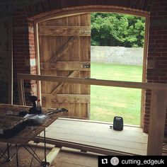 Another great #mobile #workshop made easier on a #CentipedeSawhorse in this repost @cutting_edgeuk:  Fitting day today for Vertex Joinery. 8 large doors plus windows to go in these lovely 17th century barns for a new wedding venue in West Sussex #carpenter #joinery #cuttingedge #vertexjoinery #carpentry #doors #windows #accoya #bespoke #fitting #tradesman #westsussex #barns #brighton #worthing #littlehampton ・・・ with @repostapp #CentipedeTool #portable #workbench #platform #sawhorse…
