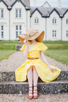 8 Chic Attires To Prove Yellow Is Color Of The Month | Yellow Colored Outfits | Yellow Outfit Ideas | Cute Outfits | Fenzyme.com