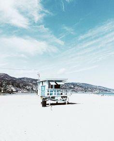 see the beauty in everyday things - enjoying the day near the beach Surf Shack, Beach Shack, San Diego, Wanderlust, Tropical Vibes, Beach Day, Blue Beach, Summer Vibes, Seaside