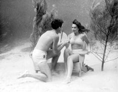 Florida Memory - Couple underwater : Wakulla Springs, Florida 1940's