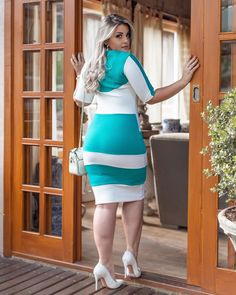 Plus Size Womens Western Wear Beautiful Blonde Girl, Beautiful Girl Indian, Gorgeous Women, Curvy Women Fashion, Plus Size Fashion, Curvy Outfits, Girl Outfits, Pernas Sexy, Sexy Women