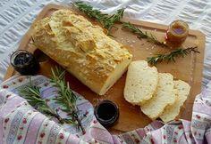 Receita de Pão de Alecrim sem Glúten e sem Leite! Confira essa e outras deliciosas receitas saudáveis no nosso Instagram.   Acesse: https://www.instagram.com/emporioecco/