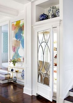 3 Unique Tips AND Tricks: Interior Painting Living Room Benjamin Moore interior painting bathroom.Interior Painting Trends interior painting tips door knobs. Refrigerator Panels, Refrigerator Makeover, Kitchen Decor, Kitchen Design, Fixer Upper Living Room, Fancy Kitchens, Tiny House, Mirror Panels, Diy Kitchen Remodel