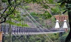 The Puente de Occidente, Colombia