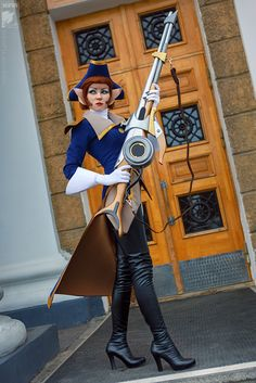 Captain Amelia, Disney's Treasure Planet, by Ryoko Demon, photo by Soldatov Vladimir.