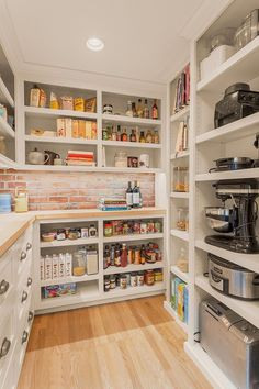 Best kitchen pantry ideas for small spaces #openkitchenpantryideas Prep Kitchen, Kitchen Pantry, Pantry Room, Walk In Pantry, Kitchen Shelves, Kitchen Small, Kitchen Appliances, Kitchen Ideas, Small Appliances