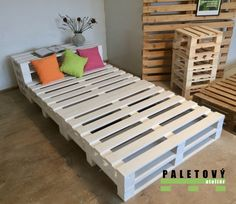 Wooden Pallet Beds, Wooden Diy, Pallet Projects, Design Projects, Diy Bed, Toddler Bed, Room Decor, Bed Ideas, Room Ideas