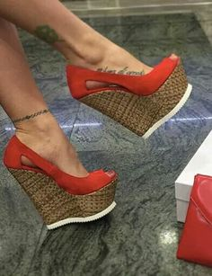 44 Wedge Sandals To Rock Your Summer Style - Women Shoes Trends Hot Shoes, Crazy Shoes, Wedge Shoes, Me Too Shoes, Shoes Heels, Wedge Sandals, Pretty Shoes, Beautiful Shoes, Heeled Boots