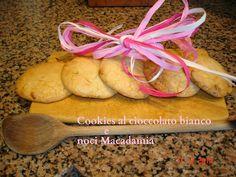 Cookies al cioccolato bianco e noci macadamia