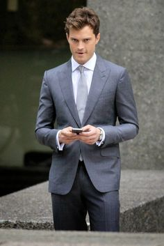Fifty Shades Updates: HQ PHOTOS: Jamie Dornan on the set of Fifty Shades of Grey (Oct. 13, 2014)