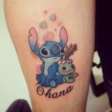 What does ohana tattoo mean? We have ohana tattoo ideas, designs, symbolism and we explain the meaning behind the tattoo. Disney Tattoos, Disney Sleeve Tattoos, Bff Tattoos, Future Tattoos, Body Art Tattoos, Tatoos, Dream Tattoos, Tattoo Ink, Small Sister Tattoos