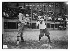 And now, the New York Female Giants: (Briefly) A League Of Their Own - The Bowery Boys: New York City History The Bowery Boys, Giants Baseball, Baseball Teams, Sports Teams, Baseball Field, Baseball Cap, Baseball Pictures, Sports Photos, Photos Of Women