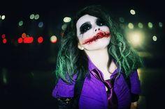 Me little genderbend female joker cosplay for this year Halloween Fem! Female Joker Makeup, Female Joker Cosplay, Joker Halloween, Halloween Makeup, Joker Face Paint, Scary Costumes, Halloween Costumes, Halloween Photography, Halloween Disfraces