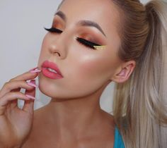 New video on this look is up! Link in bio!  B r o w s:  @anastasiabeverlyhills Dip Brow Taupe #abhbrows  @gerardcosmetics Brow Bar to Go - Blonde to Brunette  E y e s:  @makeupgeekcosmetics Eyeshadows Mirage Peach Smoothie Morocco Country Girl Americano Corrupt Magic Act Flame Thrower Curfew  #makeupgeekcosmetics Orchid Full Spectrum Liner Pencil  #gerardcosmetics Eternal Liquid Liner  @LimeCrimemakeup Citreuse Liquid Liner  L a s h e s:  @HouseofLashes Iconic #houseoflashes  B a s e…