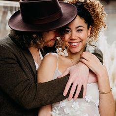 ❤️ Glück ist, wenn der Verstand tanzt, das Herz atmet und die Augen lieben ❤️ . . . . Werbung wg. Verlinkung: Vom Workshop bei @vickybaumann.de Deko & Konzept: @thefeatherette  Weddingplanner: @perfectplan.weddings  Bouquet: @RUNO_Blumen  Ketten: @brunathelabel_ Couple: @naomaclark.official & @nic.castle . . . . #hochzeitsfotografie #weddingdress #weddingphotography #weddinginspiration #weddingdecoration #hochzeitsdeko #boho #hochzeitskleid #allwhitewedding #bohowedding #glamwedding… Wedding Dress, Panama Hat, Workshop, Instagram, Fashion, Boho Wedding Dress, Chains, Wedding Photography, Dance