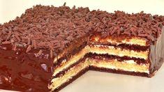 Ați gustat vreodată acest tort, care constă din 2 tipuri de blaturi și cremă de smântână? Este foarte fin, moale și gustos. Unele gospodine adaugă nuci în blaturile lui. Haideți să-l pregătim împreună! INGREDIENTE: Pentru aluat: -450 g de făină; -150 g de unt; -200 g de zahăr; -200 g de smântână fermentată; -30 g de pudră de cacao; -15 g de praf de copt; -3 g de sare. Pentru cremă: -500 g de smântână fermentată 20%; -160 g de zahăr; -un plic de zahăr vanilat (opțional). Pentru glazură: -150… Tiramisu, Baking, Ethnic Recipes, Desserts, Food, Youtube, Cakes, Pies, Cooking Recipes