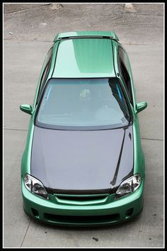 King Midori's EK via Honda-Tech's favorite EK hatch thread
