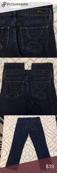 """💙👖Adorable CoH Capri Jeans👖💙26 1/2 22.5"""" Dark! 💙👖Adorable Citizens of Humanity Capri Jeans👖💙 Cute Cuffed Cropped Pants. 22.5"""" Inseam. 7.5"""" Rise. 14.5"""" Across Back. Good Stretch. Dark Wash. Light Fading from wash & wear. No Fit tag/style name. Cute & Unique Pockets. Lovely! CoH! Anthropologie! Ask me any questions! : ) Citizens of Humanity Jeans Ankle & Cropped"""