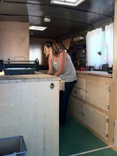 Moveable Type - a letterpress caravan house thingy. Coolest idea ever! And she is from Portland :-P