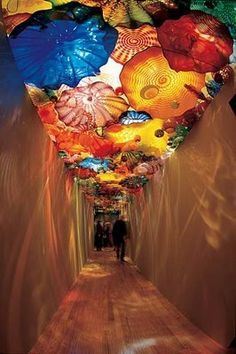 """""""Oklahoma Persian Ceiling, Oklahoma City Museum of Art, Oklahoma City, Okla. Sculpture Museum, City Museum, Dale Chihuly, Expositions, Museum Of Fine Arts, Looks Cool, Hand Blown Glass, Installation Art, Fused Glass"""