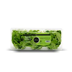 Notre laitue Boston sans racine, emballée en paquet de trois.   Our Butter lettuce, packaged without its roots in a trio pack. Boston, Lettuce, Packaging, Grow Lettuce, Green Houses, Products, Wrapping, Salads