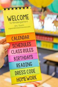 Download a Free Editable Parent Flip Book for your Classroom