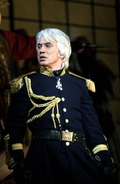 Dmitri Hvorostovsky as di Luna in Il Trovatore at ROH