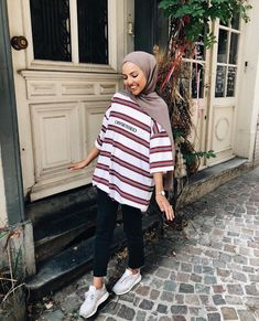 112 hijabs not to be missed this winter – page 1 Hijab Fashion Summer, Modern Hijab Fashion, Street Hijab Fashion, Modest Fashion Hijab, Casual Hijab Outfit, Hijab Fashion Inspiration, Hijab Chic, Muslim Fashion, Modest Outfits