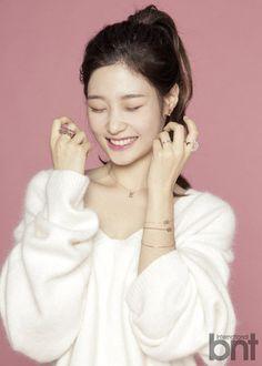 Jung Chaeyeon reveals her intense 16 kg loss diet regime ~ Netizen Buzz South Korean Girls, Korean Girl Groups, Kim Chungha, Jung Chaeyeon, Korean Diet, Chinese Actress, Girl Day, Yoona, Girl Crushes