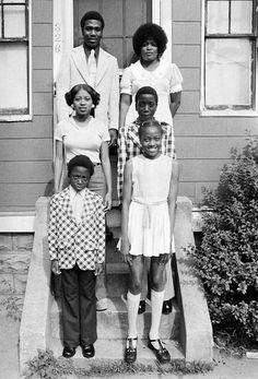 Black Family Portrait, Roxbury, Massachusetts, 1974 © Arthur Grace, Courtesy of the artist and Jackson Fine Art, Atlanta. Copyright Arthur Grace