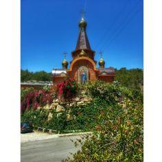 Iglesia Ortodoxa en Altea una prueba más del colorido de la Costa Blanca en todos sus aspectos, foto de @arandix4