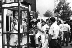 Filming the phone booth scene on location in New York City (Rosemary's Baby, 1968)