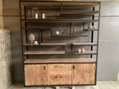 Buffetkast Industrial Unique - Lilly is Love Industrial Style Furniture, Living Room Cabinets, Buffet Cabinet, Steel Furniture, Wooden Handles, Rustic Farmhouse, Bookcase, Shelves, Interior