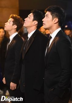 Koreadaebak - Oh My Venus .....no country in the world can wear suits like South Korea....  wow..  that is a gift to womankind..