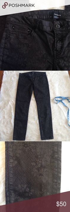 """The Kooples floral lace print jean ankle length Amazing pair of The Kooples floral lace design jean in shades of black. """"Short fit"""" ankle length. 66% cotton, 31% polyester, 3% Lycra. Minimal wear- very light fading on zipper area and belt loops. 15.5"""" across waist flat, almost 8"""" rise, appx. 26.5"""" inseam, 5"""" leg opening flat. The Kooples Jeans Ankle & Cropped"""