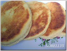 Tuve la buena fortuna de nacer en Mérida (Los Andes Venezolanos), allí aprendí a hacer las Arepas de harina de trigo, tan populares c...